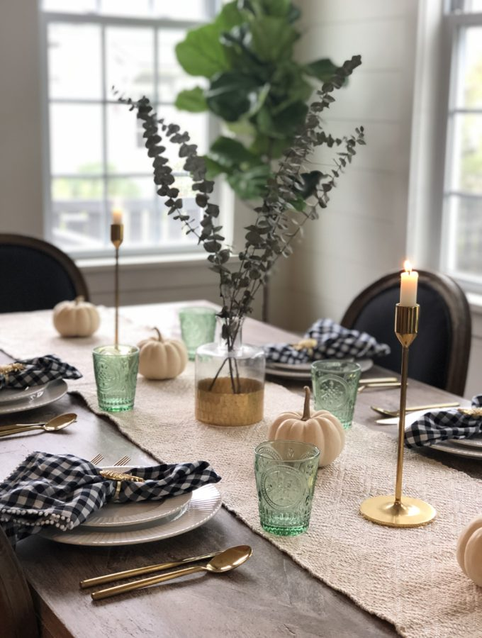 Simple Thanksgiving Tablescape for 2018